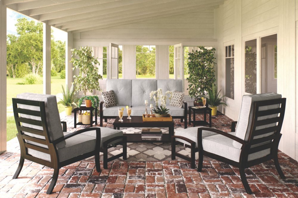 Lounge Chair w/Cushion (1/CN)