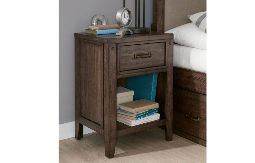 Charmant Sawyers Mill Night Stand