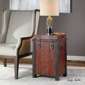 Isaac, Accent Table