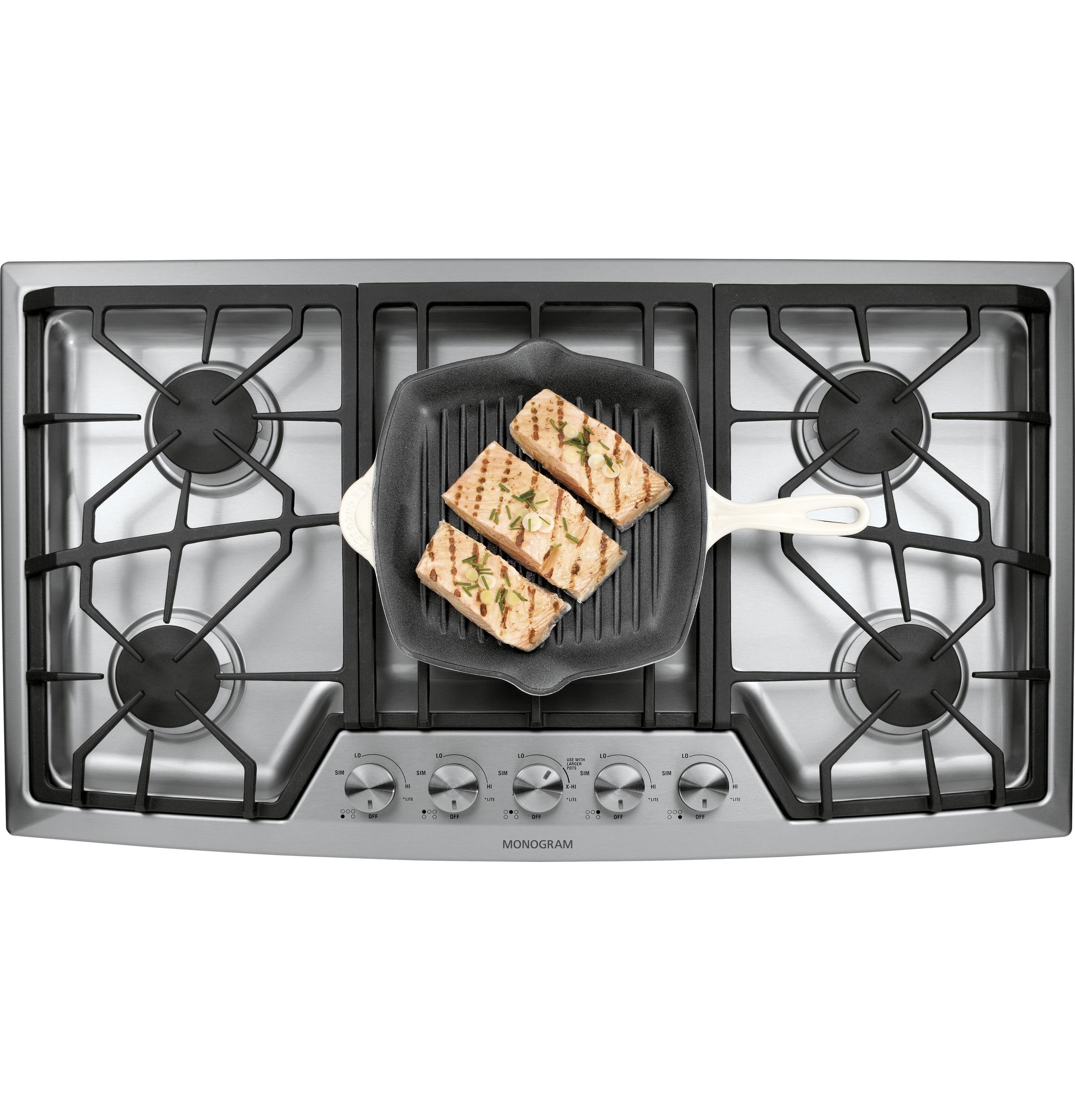 Monogram 36 Stainless Steel Gas Cooktop Natural