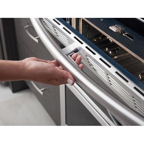 5.8 cu. ft. Slide-In Gas Flex Duo Range with Dual Door