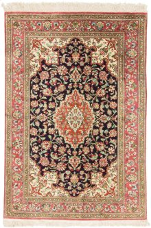 Persian Classics Hand Knotted Small Rectangle Rug