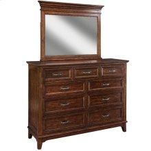 Star Valley Nine Drawer Dresser