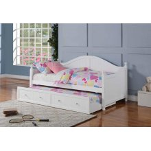 Coastal White Daybed