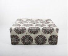 Tufted square ottoman