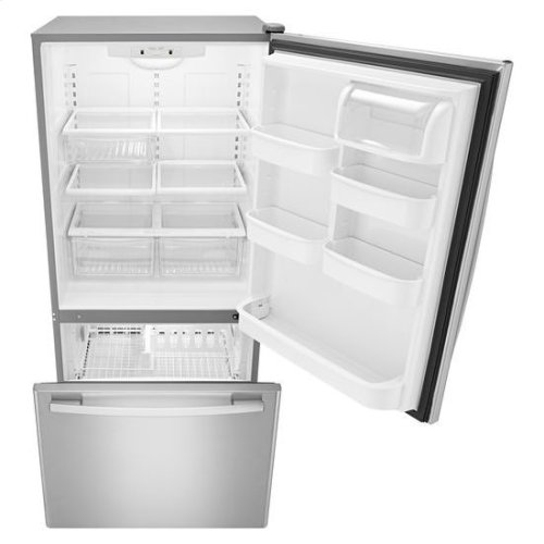 "33-inch Wide Bottom-Freezer Refrigerator with EasyFreezer™ Pull-Out Drawer "" 22 cu. ft. Capacity - white"