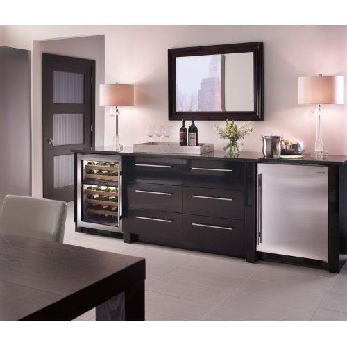 "24"" Undercounter Refrigerator/Freezer with Ice Maker - Panel Ready"