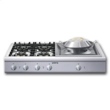 """48"""" COOKTOP WITH 4 STAR  BURNERS (2 W/ EXTRALOW®)  AND 24"""" WOK"""