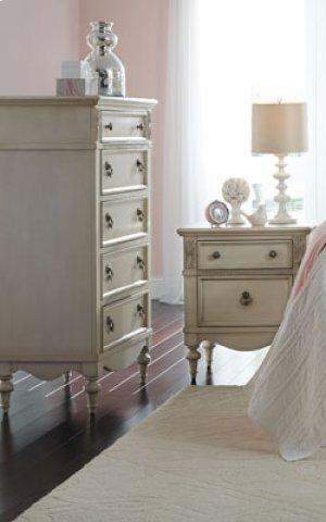 Full Size Giselle Bed