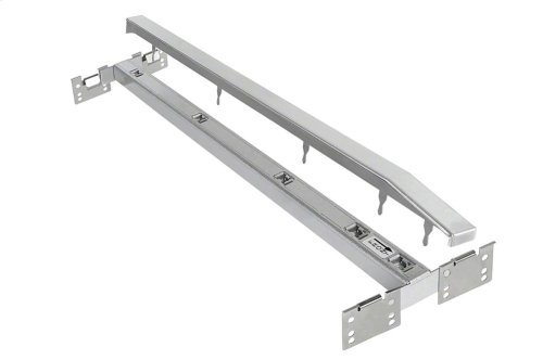CSZL 1500 Spacer strip for installing several CombiSet elements in one single cut-out.
