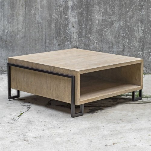 Kailor Coffee Table