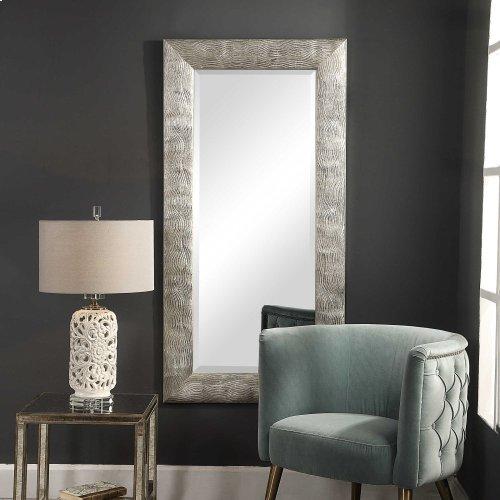 Maeona Mirror
