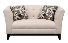 Loveseat Cream W/2 Accent Pillows