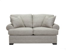 AUGUST Loveseat