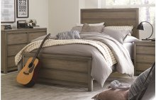 Big Sky by Wendy Bellissimo Panel Bed Complete 4/6, Full