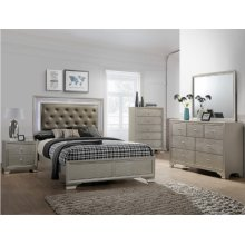 Crown Mark B4300 Lyssa Queen Bedroom