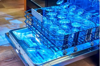 24-Inch Masterpiece™ Stainless Steel Glass Care Center Dishwasher