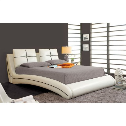 California King-Size Ourem Bed