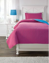 Twin Coverlet Set Product Image