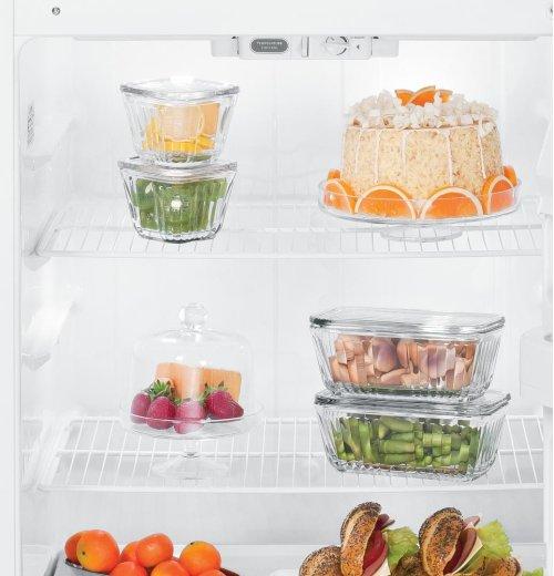 Hotpoint® 15.6 Cu. Ft. Top-Freezer Refrigerator