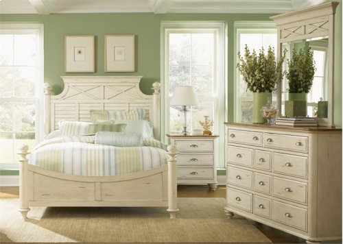 King Poster Bed, Dresser & Mirror, NS