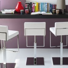 Adjustable height stool