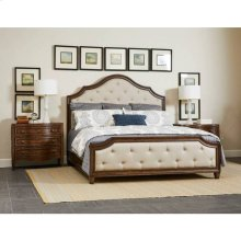 Thoroughbred Manor Upholstered Bed - Toast / Queen