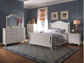 Hayden Place - White, Panel Bed, Queen