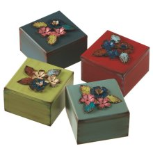 Distressed Treasure Box With Metal Flower Attachments (4 asstd)