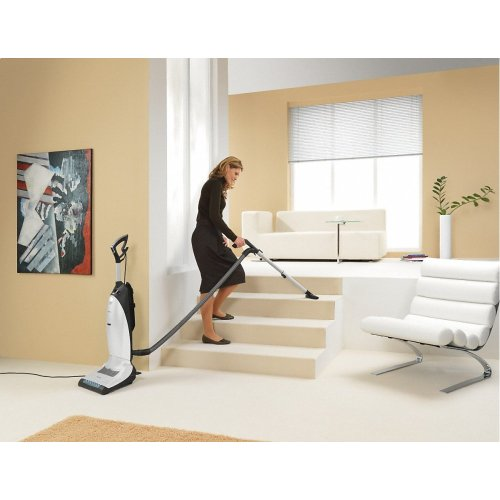 Dynamic U1 PowerLine - SHCE0 Upright vacuum cleaners with integrated electrobrush and LED lighting for the highest standards.