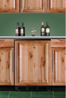 Commercially Approved Solid Door Wine Cellar for Built-in Use, With Black Exterior and Convertible Frame for Full Overlay Door Panels
