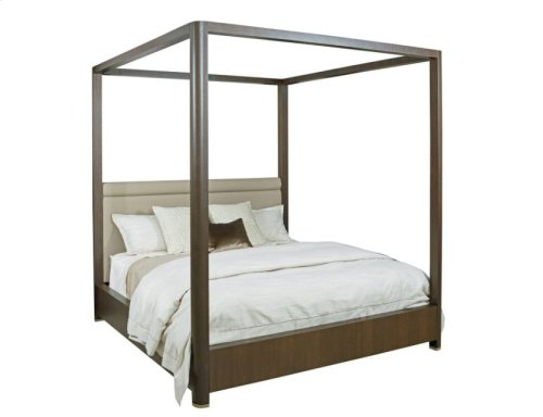 Freemont Queen Canopy Bed 5/0 Complete