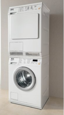 White T8033 C Condenser Dryer - White, Condenser, Large Capacity