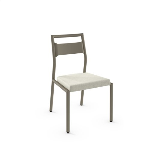 Viggo Chair