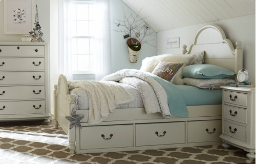 Inspirations by Wendy Bellissimo - Morning Mist Westport Low Poster Bed F 4/6