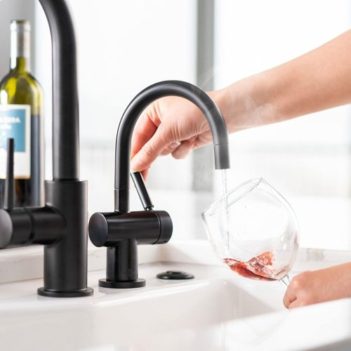 Indulge Modern Hot Only Faucet (F-H3300-Black)