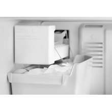 Automatic Ice Maker Kit - White