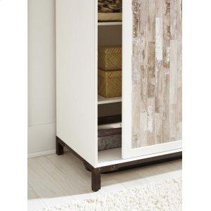 Ashley FurnitureSIGNATURE DESIGN BY ASHLEDressing Chest