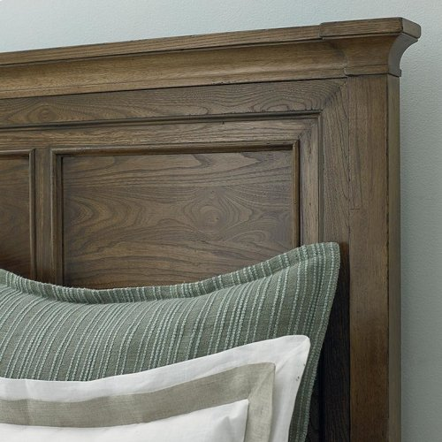 Full/Tobacco Commonwealth Panel Bed