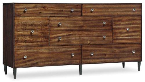 Bedroom Studio 7H Quant Dresser