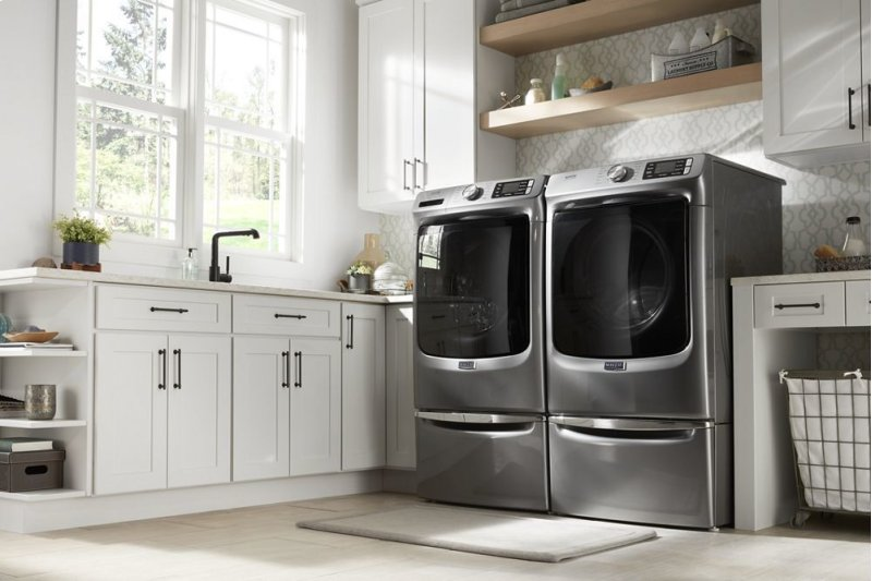 Front Load Washer with Extra Power and 16-Hr Fresh Hold® option - 4 8 cu   ft