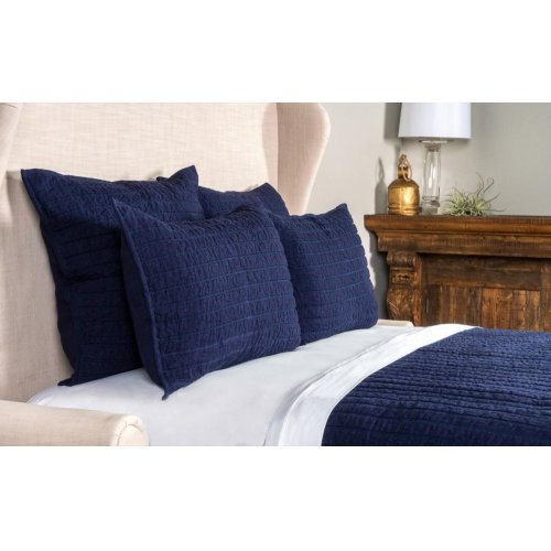 Heirloom Quilt Indigo King Sham 20x36
