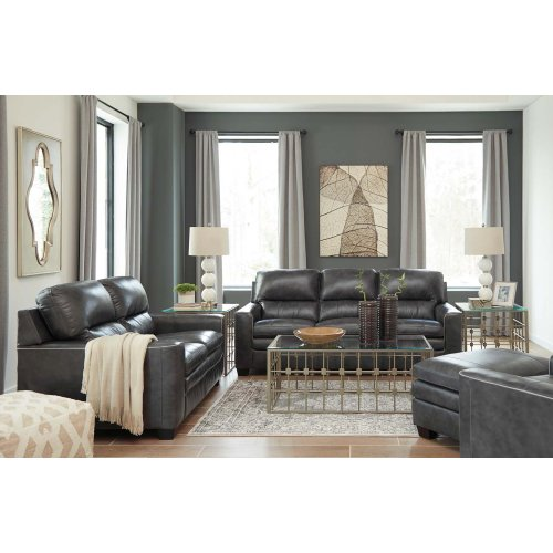 1570238 In By Ashley Furniture In Lake City Fl Sofa