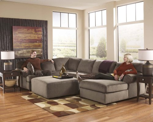 Jessa Place - Dune 3 Piece Sectional