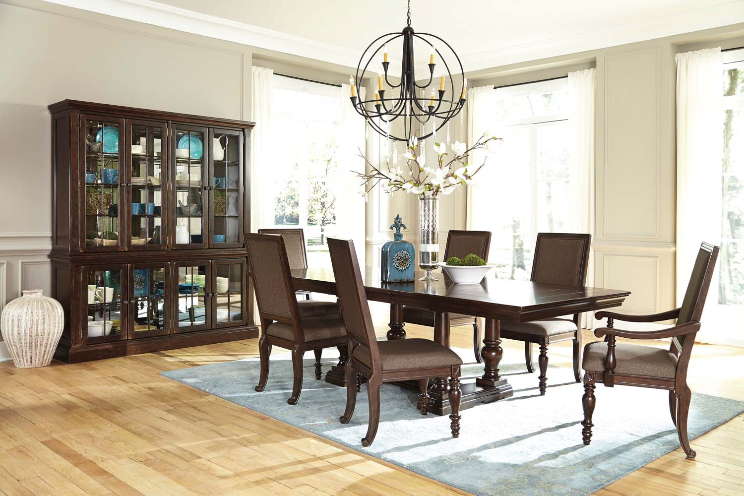 Hidden · Additional Dining Room China