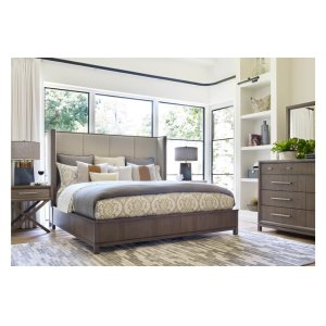 LEGACY CLASSIC FURNITUREHigh Line by Rachael Ray Upholstered Shelter Bed, Queen 5/0