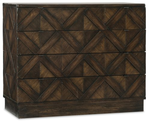 Bedroom Roslyn County Four-Drawer Bachelors Chest