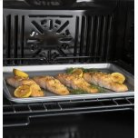 "GE ®27"" Smart Built-In Convection Single Wall Oven"