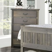 Rockwall Chest