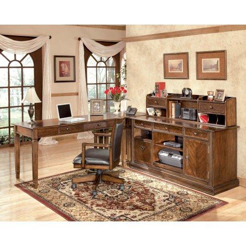 Enjoyable H527H6 In By Ashley Furniture In Arkansas City Ks Hamlyn Home Interior And Landscaping Ologienasavecom